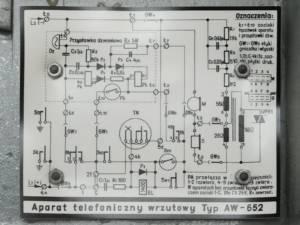 AW652 - tabliczka ze schematem