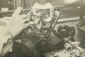 Stanowisko na taśmie montażowej aparatów - RWT, lata 1964-66.