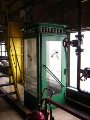 Współcześnie (11.2005), zakład przemysłowy w Rybniku